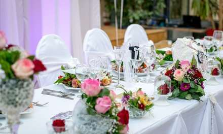 Just how To Cut Your Wedding Celebration Providing Expense Price