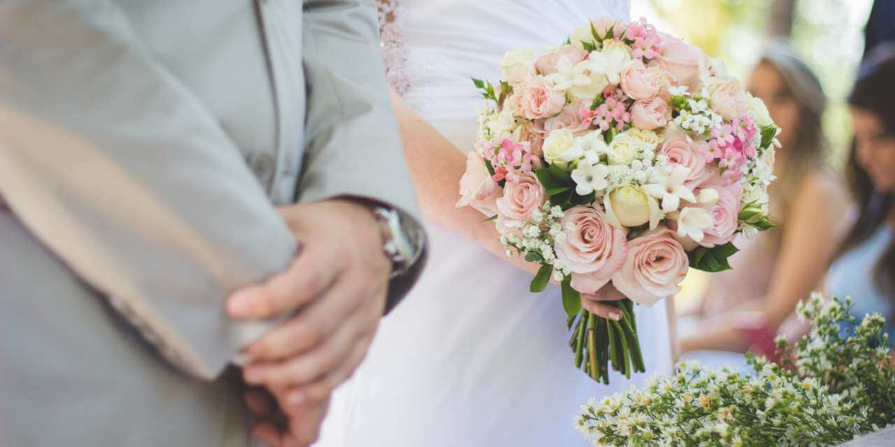 Picking Your Wedding Event Vows