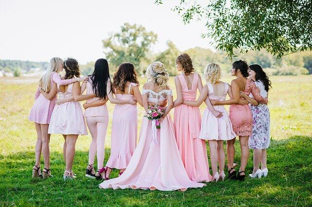 How to buy an inexpensive bridesmaid outfit